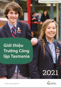 Tasmanian Government Schools borhcure translated in Vietnamese